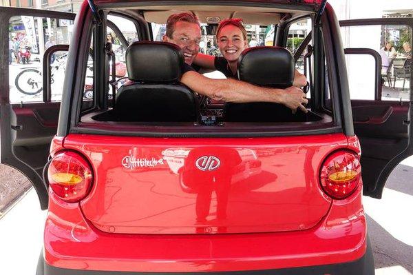 Fam Matz im Ecocar.jpg